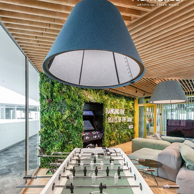 business-features-green-walls