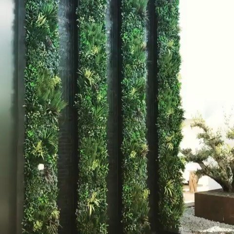 water-features-green-walls