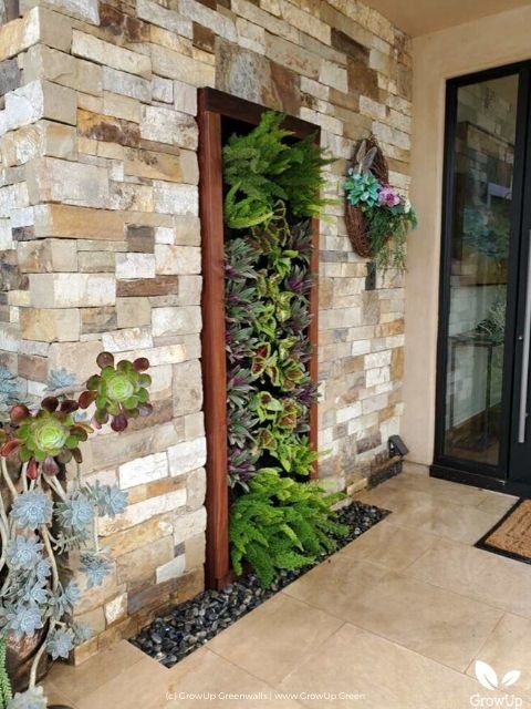 Growup-living-greenwall-system-residential-project