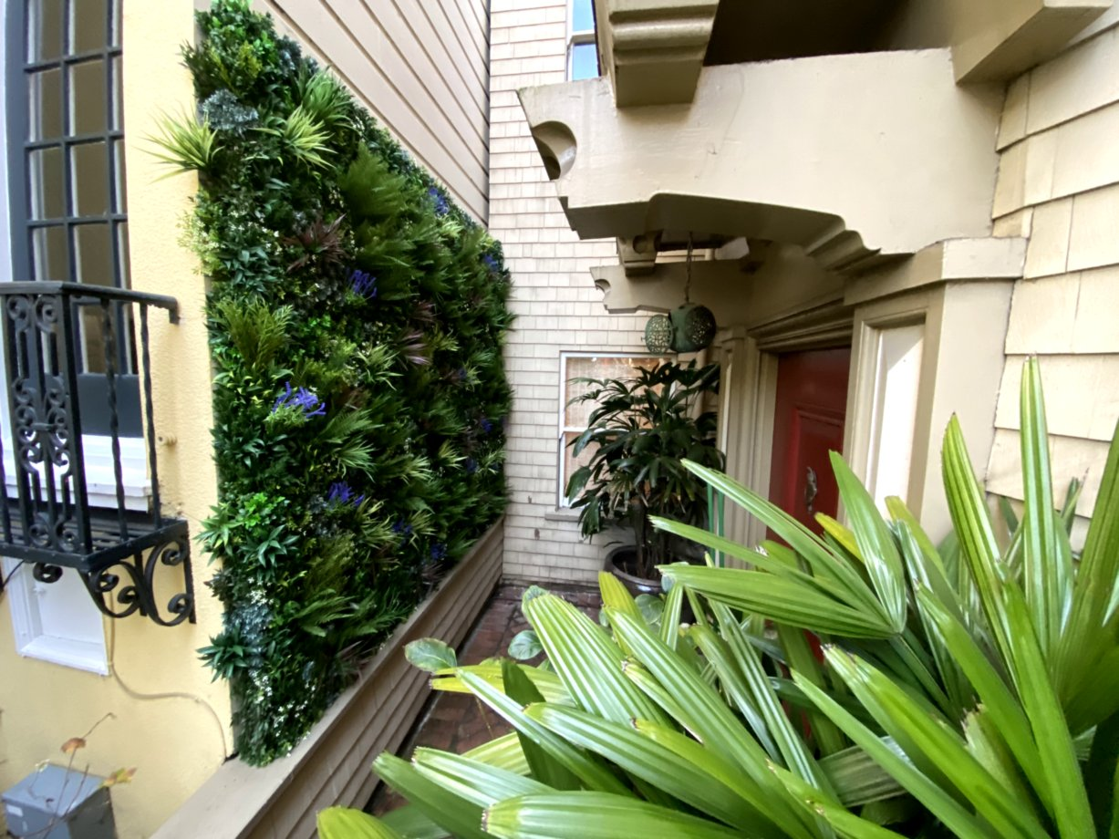 green-wall-manufacturer-living-wall-systems-contractors-vistagreen (3)